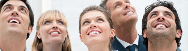 As pessoas felizes. Verifique satisfação e empregos em Meusalario